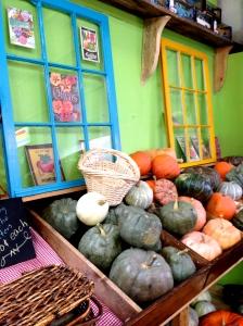Gourd-geous window art